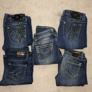 Bundle deal of 5 pair of popular jeans!!